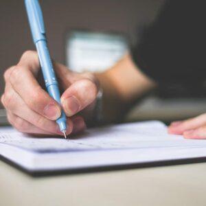 Fórmate con el Curso Editorial y dedícate a la corrección editorial. Dominarás los diferentes estilos narrativos y funciones gramaticales.