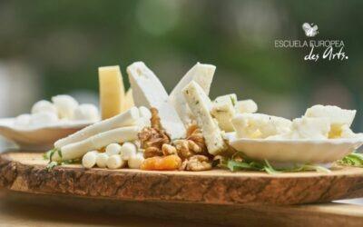 Las clases de quesos que puedes comprar y disfrutar