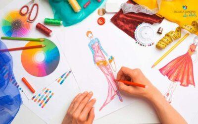 Cómo hacer bocetos de diseño de moda