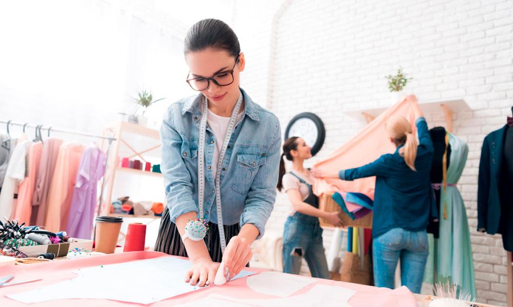 ¿Cómo hacer un patrón? Estudia el Máster en Patronaje Industrial y Moda y lo conseguirás.