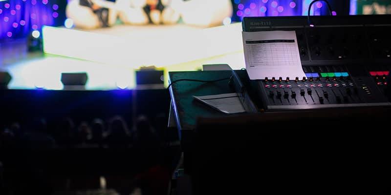 Descubre cómo hacerse productor musical