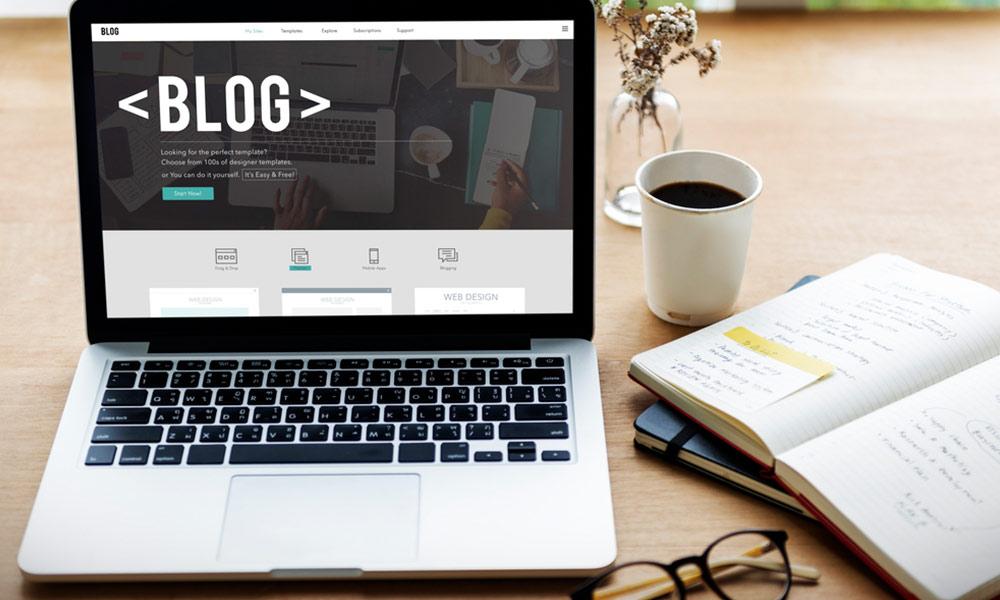 El creador de contenido crea artículos interesantes y útiles para el usuario y así mejorar la posición del sitio web.