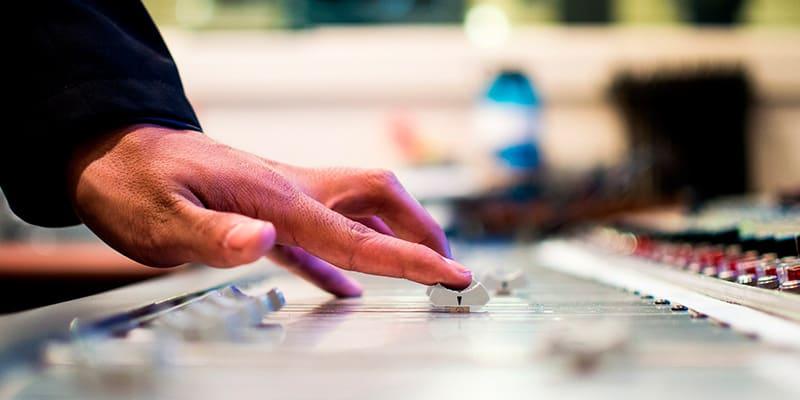Fórmate con el curso de producción musical