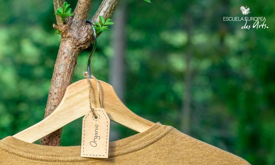 La ropa sostenible implica un cambio de consumo y producción, pero muy beneficioso para el medio ambiente.